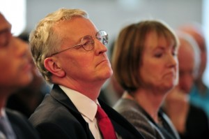 Hilary Benn et Harriet Hartman