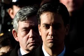 Derrière Ed, Gordon Brown toujours là