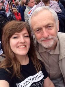"""Jeremy Corbyn avait pourtant promis : """"pas de selfies""""..."""