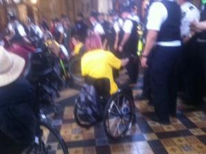 Les handicapés rentrent dans Westminster
