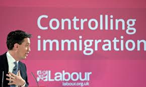 le labour converti au contrôle de l'immigration