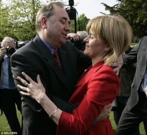 Nicola Sturgeon et Alex Salmond, le duo qui dirige le SNP.