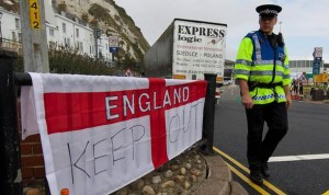 Calais british border