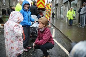 Nicola Sturgeon visite les sinistrés