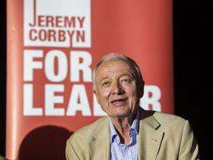 Ken Livingstone est suspendu du Labour