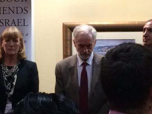 Corbyn au stand des amis travaillistes d'Israël