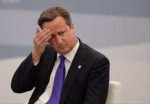 Ca se complique pour David Cameron