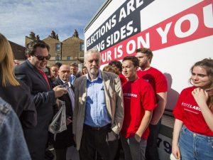 Le leader travailliste en campagne