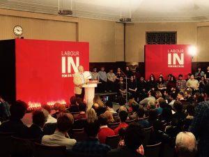 Jeremy Corbyn s'adresse à la jeunesse