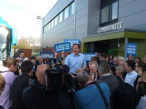 Cameron mentionné dans les investigations