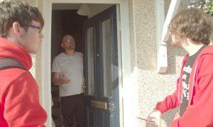 Le Labour au porte à porte